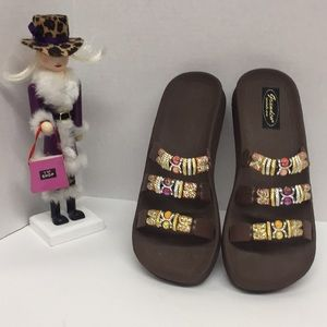 Grandco Sandals Size 8 CUTE!